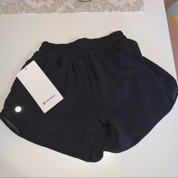 "lululemon hotty hots long 4"" new with tags"